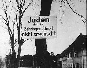 a-bavarian-town-near-nuremberg-announces-in-this-sign-jews-are-not-desired-in-behringsdorf-11